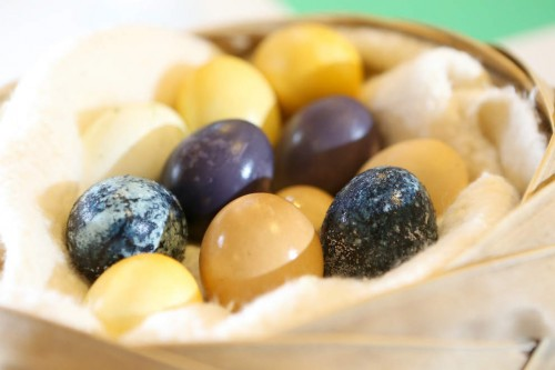 Naturaly dyed eggs  (Collin Andrew/The Register-Guard)
