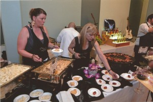 The Mac's at the Vets team serves small bites at a past Chefs Night Out. Photo courtesy of Pat McCallum. WildDuck-FFLC.jpg The Wild Duck team dishes out small bites at Chef's Night Out. Photo courtesy of FOOD for Lane County.